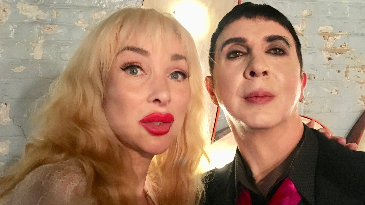 MARC ALMOND  A KIND OF LOVE -