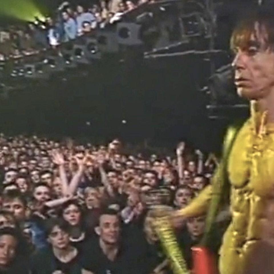 "TIM POPE DIRECTOR HOME - Iggy Pop ""Kiss My Blood"" live Paris concert film"