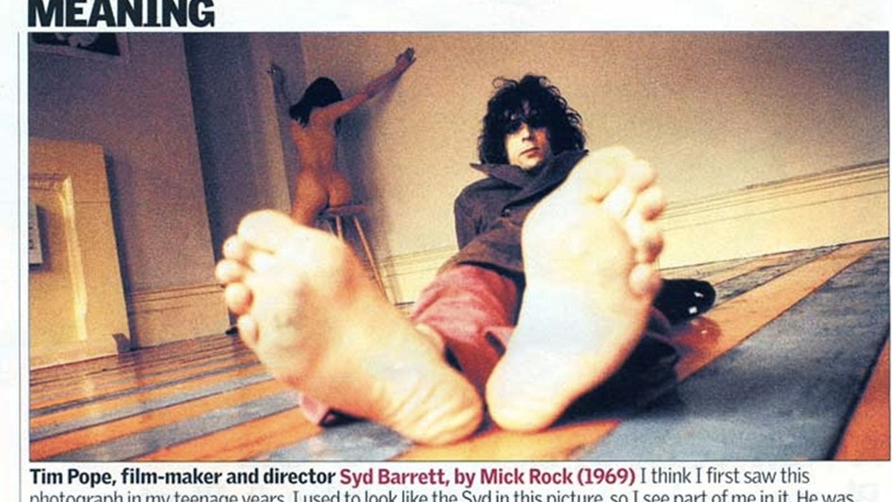 THE GUARDIAN WEEKEND MAGAZINE, 'PICTURES WITH MEANING'/FEB 2005