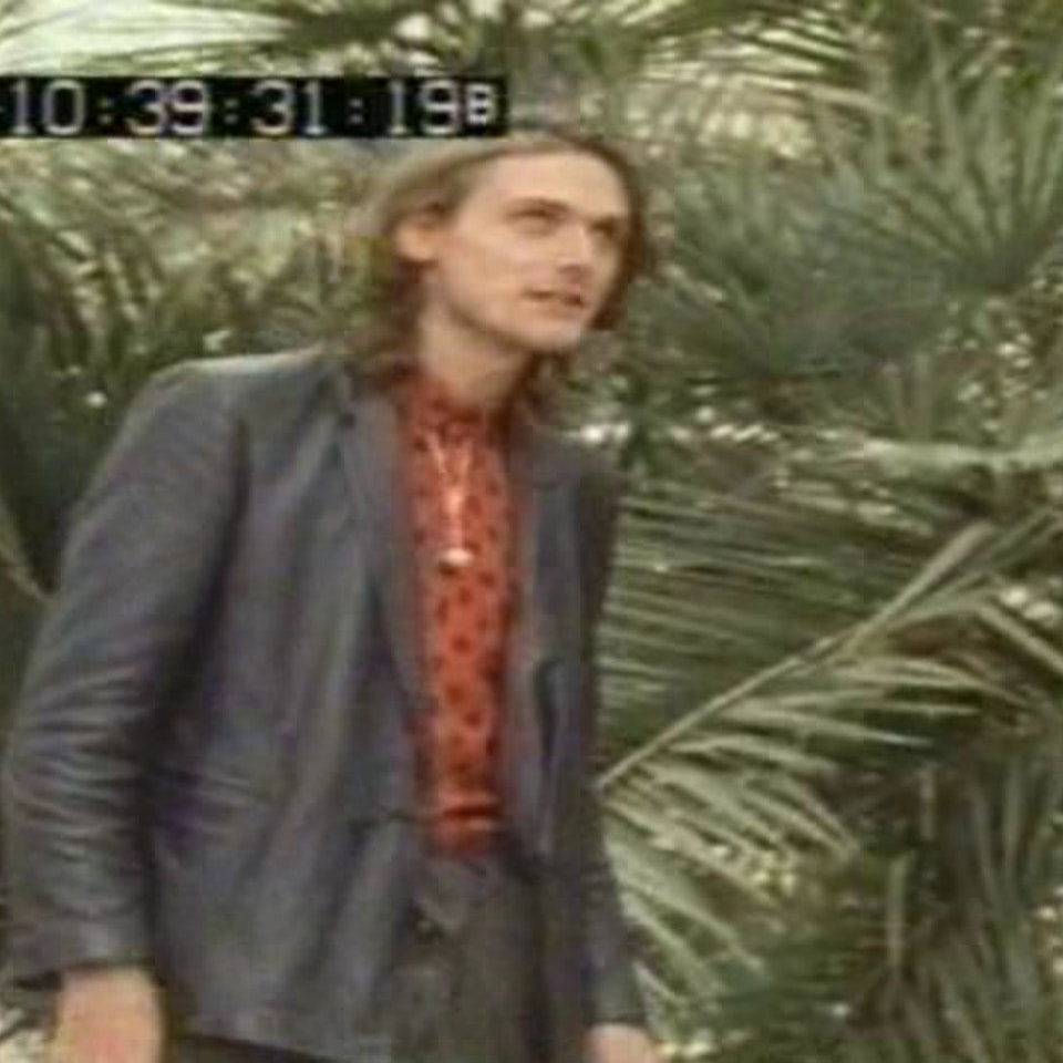"""Making of The Cure videos... - Shooting The Cure's """"Caterpillar Girl"""" from Old Grey Whistle Test"""