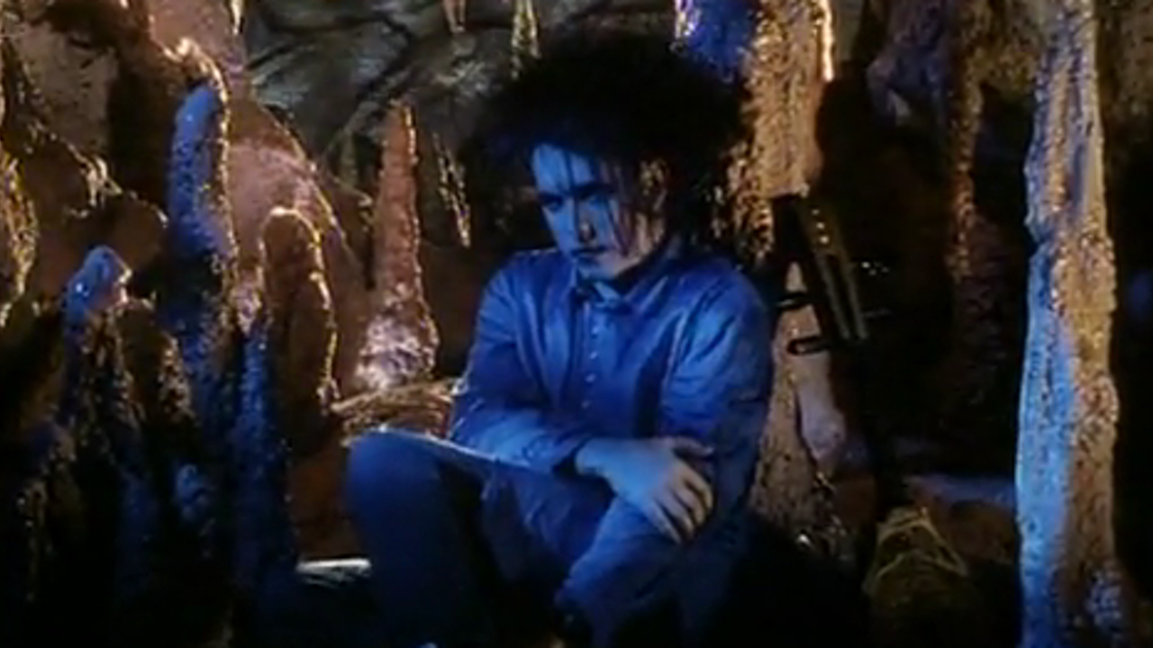 MAKING OF THE CURE'S 'LOVESONG' VIDEO