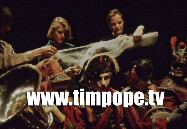 TIM POPE DIRECTOR HOME - EK_0092 copy.jpg