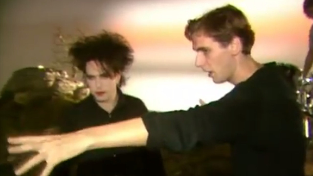 MAKING OF THE CURE'S 'JUST LIKE HEAVEN' VIDEO