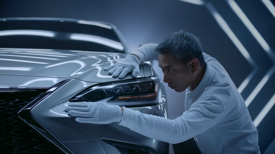 Tag Collective Arts - Lexus ES: Driven By Intuition