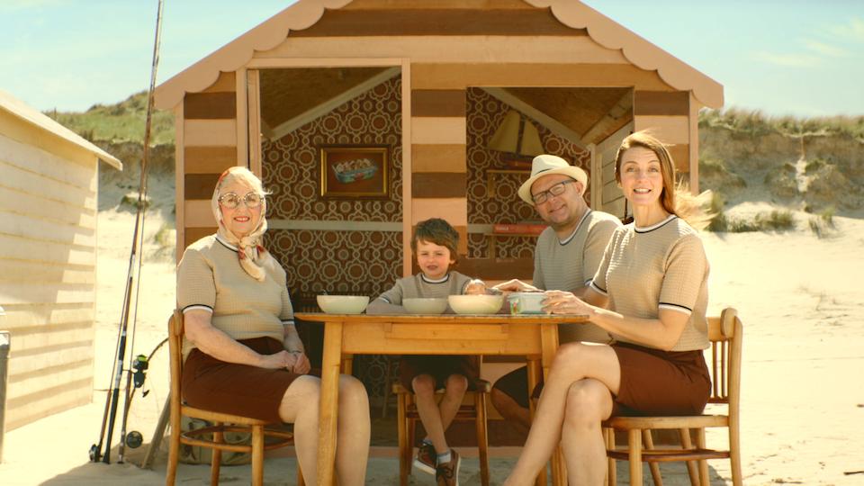 Tag Collective Arts - Kelly's Ice Cream: Beach Huts