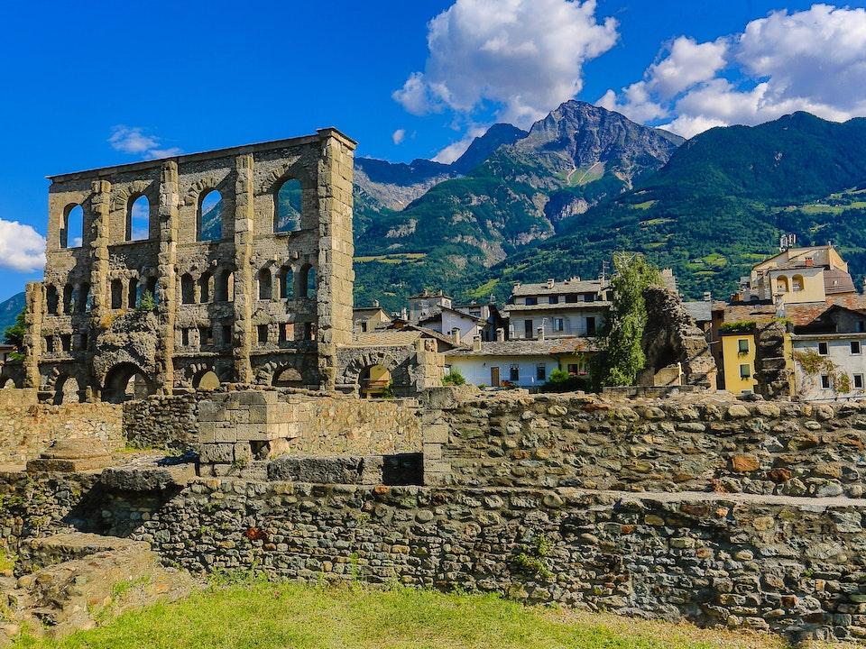 A Tog's Trek - The Roman ruins of Aosta
