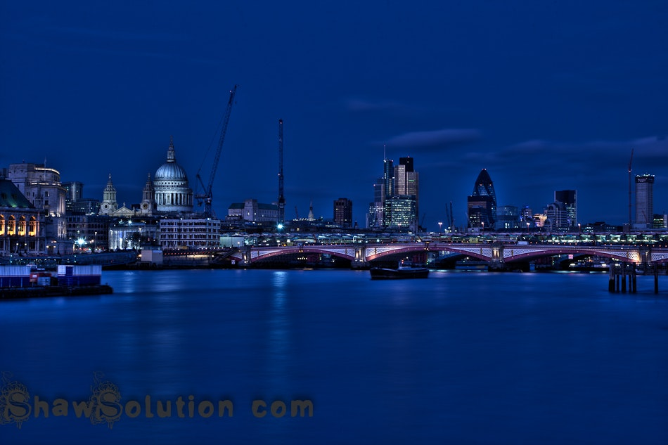 HDR London, as the sun sets...