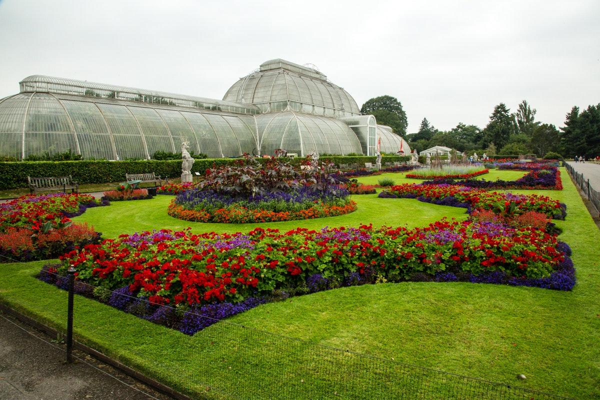 Kew Gardens   A brief visit before the rain....