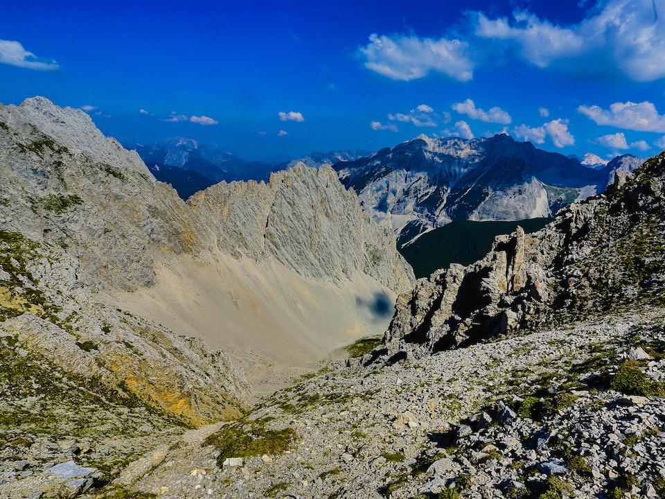 A Tog's Trek - Alpen Animals & Hafelekarspitze