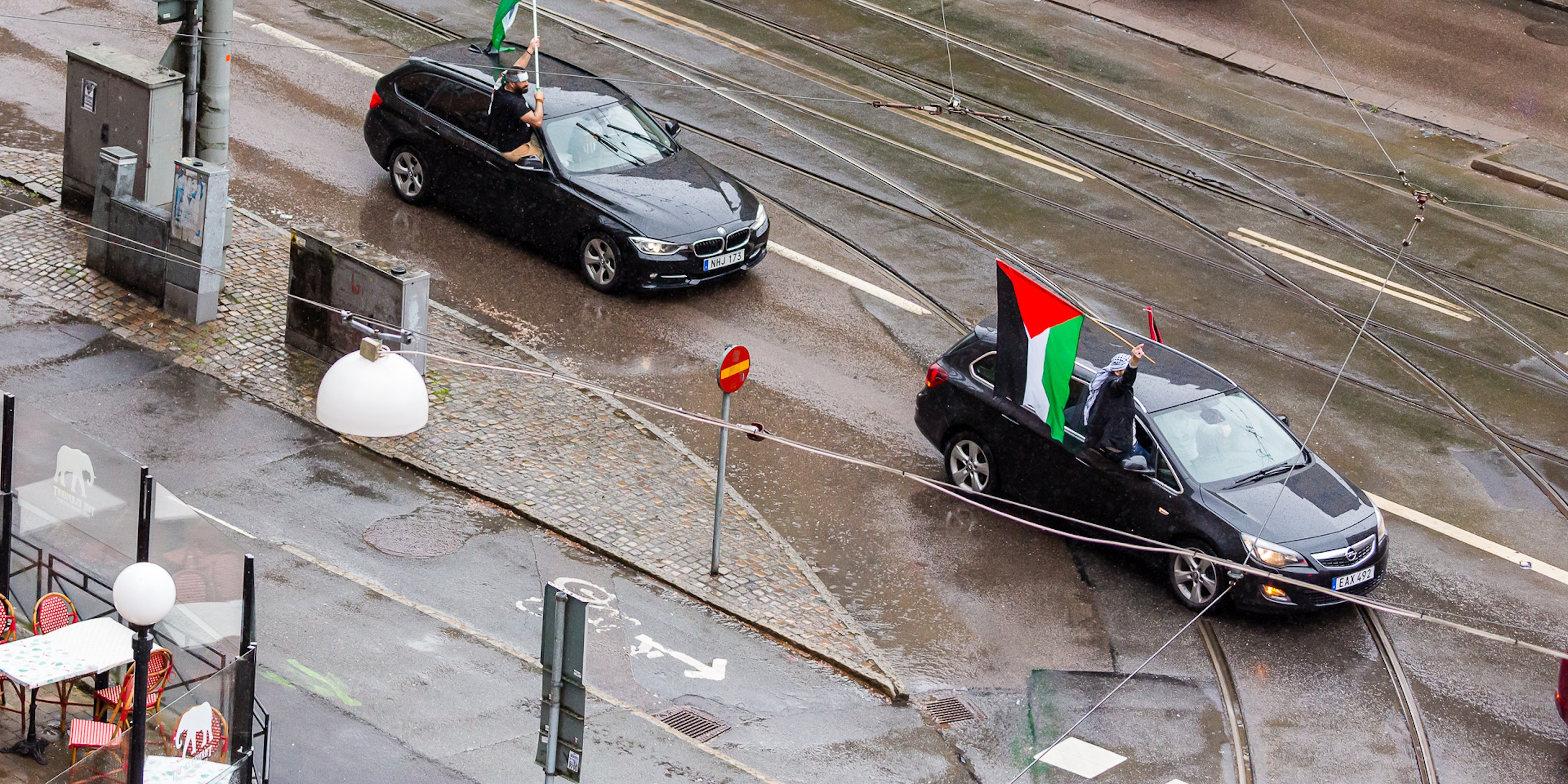 Driving protest for Palestine