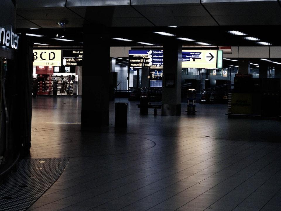 A Tog's Trek - Amsterdam Airport Schiphol
