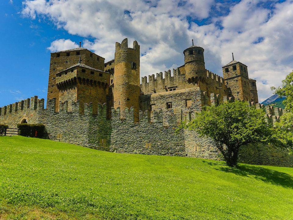 A Tog's Trek - Castello di Fénis