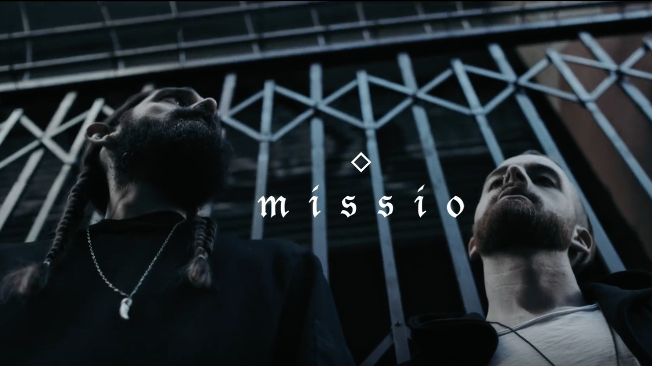 "MISSIO ""Middle Finger"""