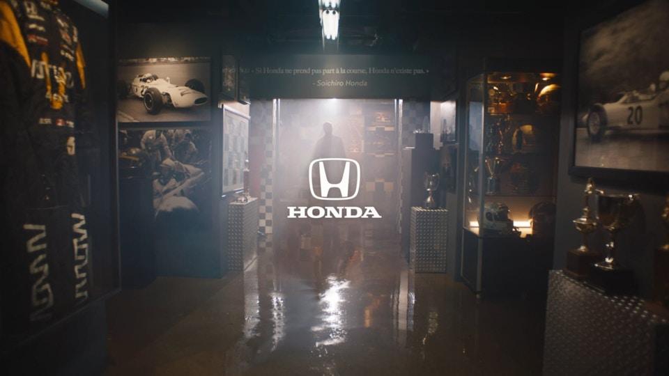 """Honda """"4.9"""""""