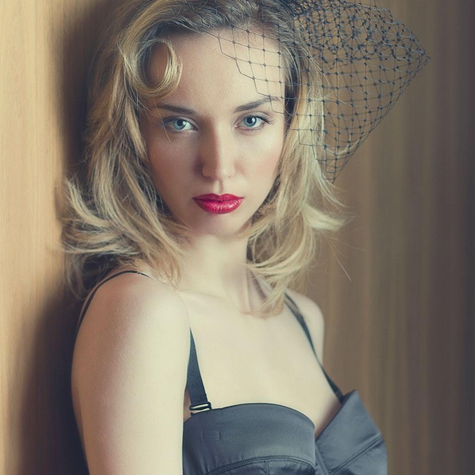 VINTAGE - ROSIE FRASER JARRED Photography - VINTAGE makeup - R.FRASER 2