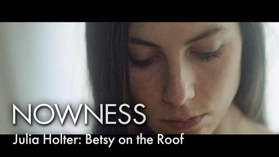 NOWNESS - Julia Holter