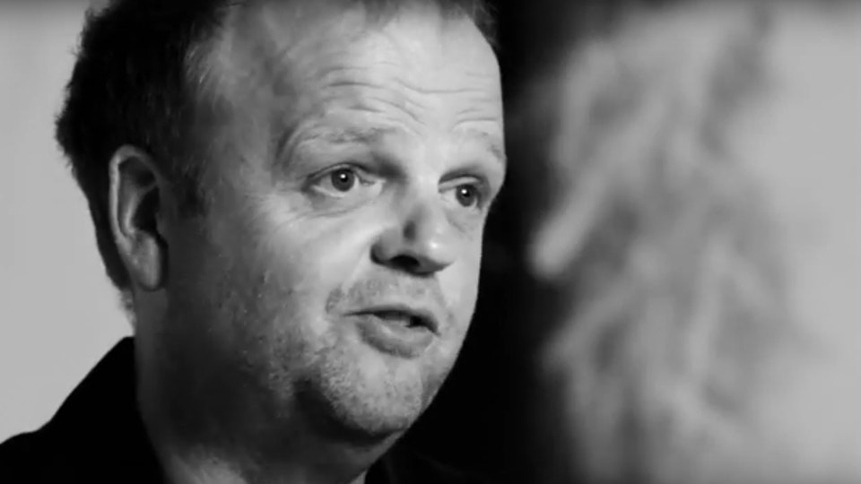 TOBY JONES: MAD HATTER