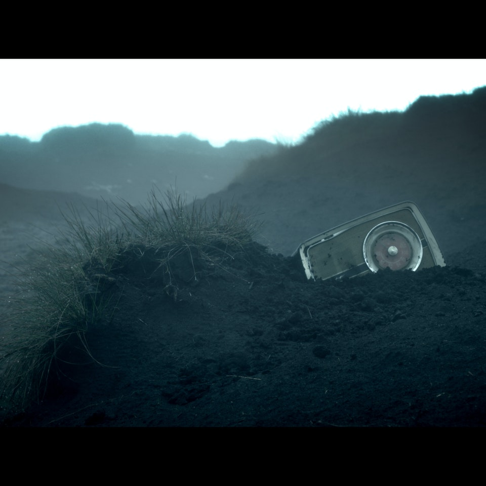 DARK PEAK (2014) - feature teaser Untitled_1.2.25