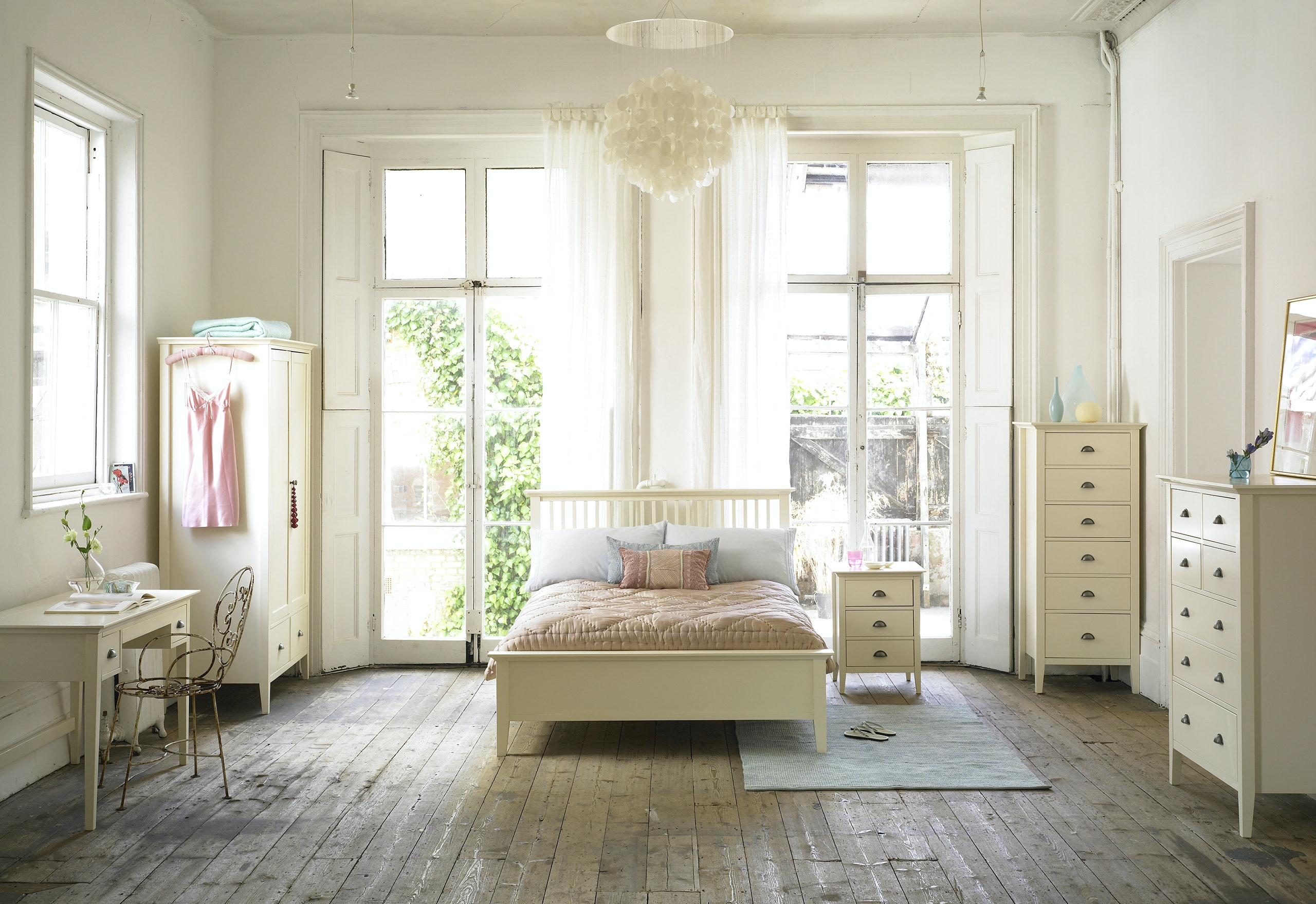 ROOMSETS