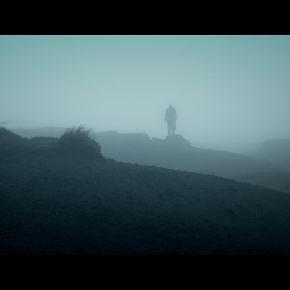 DARK PEAK (2014) - feature teaser Untitled_1.2.30