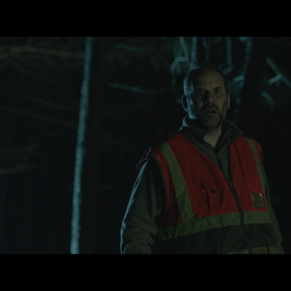 THE CROSSING (2016) - Creative England & BFI iShort Untitled_1.3.75
