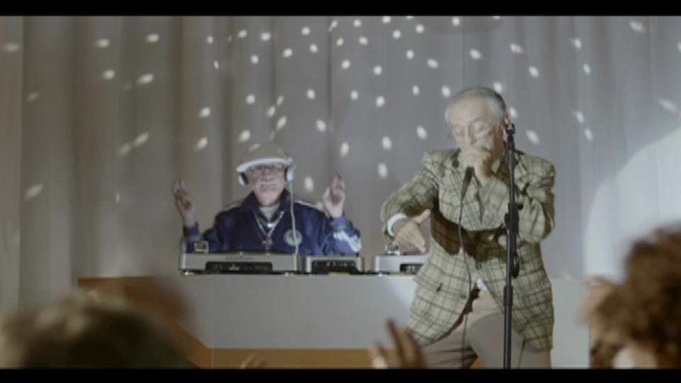 AT&T - Karaoke