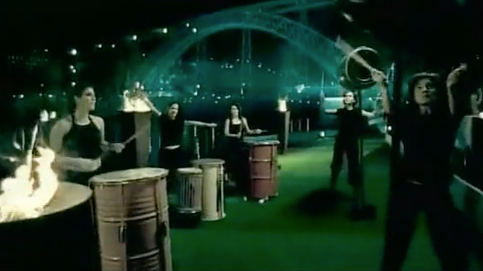 "#showoff|mola - UEFA ""Euro 2004"""