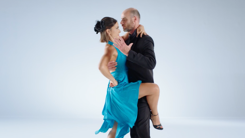 #showoff|mola - ActivoBank - Complicado - Tango
