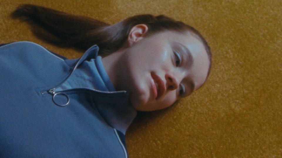 Glassworks - Sigrid 'Don't Feel Like Crying'
