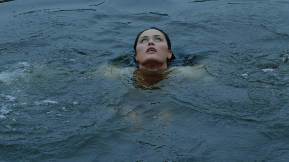 Azusena • In The Water -