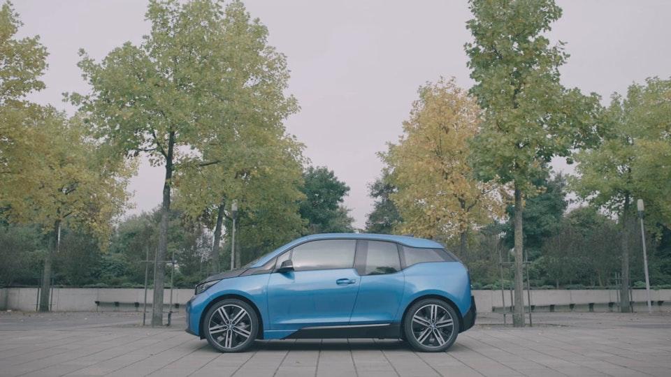 BMW i3 - BORN ELECTRIC