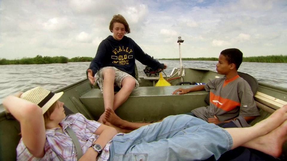 Kids & Docs: Op eigen benen Trailer