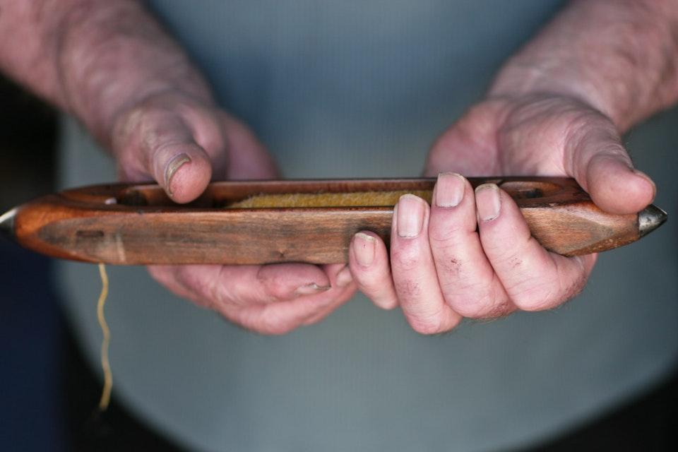 Donald Macleod -hands - Donald Macleod - weaver.