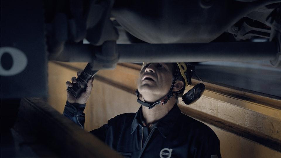 Volvo Trucks - A Professional