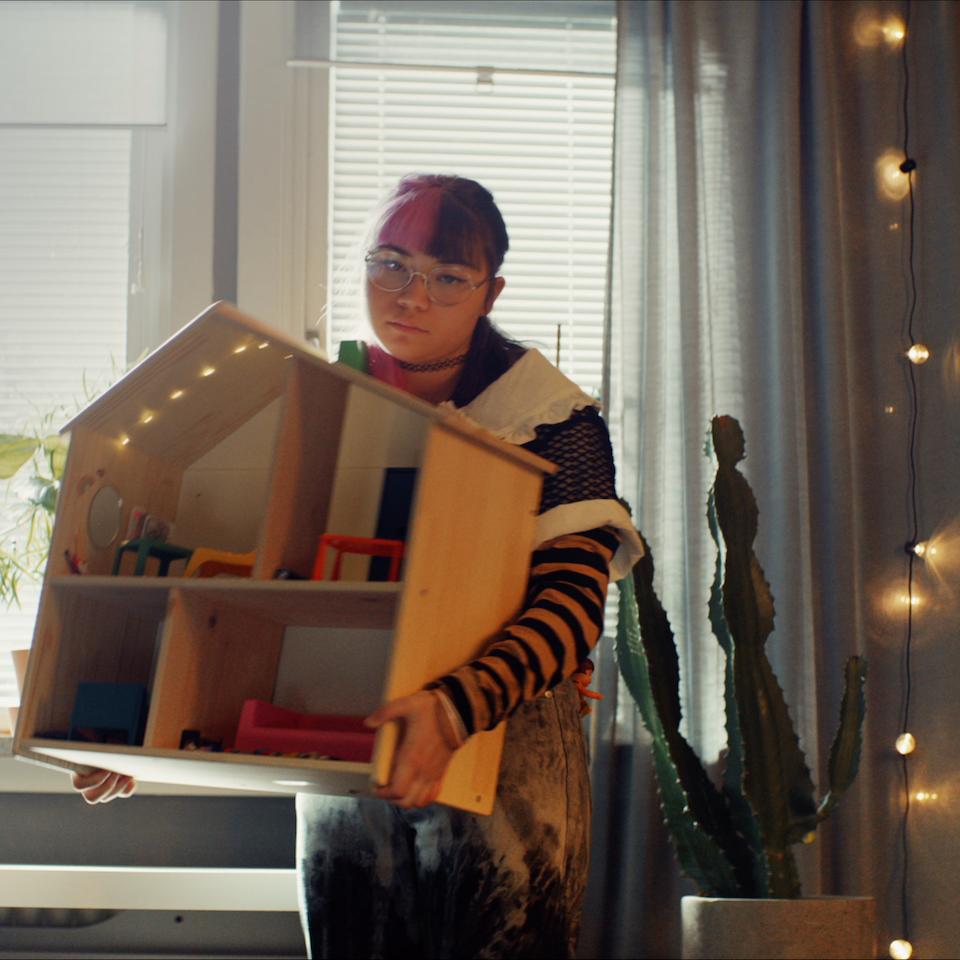 Ikea - The Dollhouse - Screen Shot 2021-04-24 at 3.07.00 am