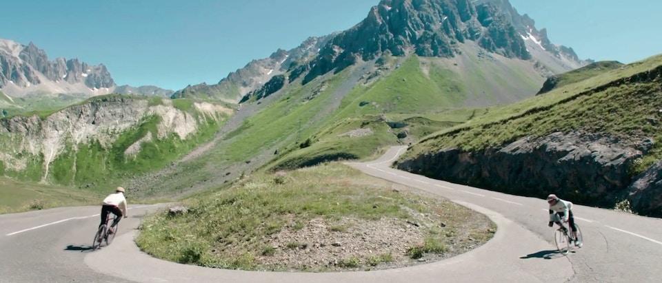 LE RIDE - Downhill scene