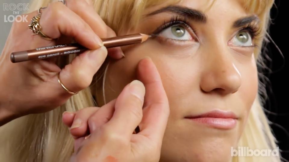 Rock The Look | Stevie Nicks Makeup Tutorial | Billboard