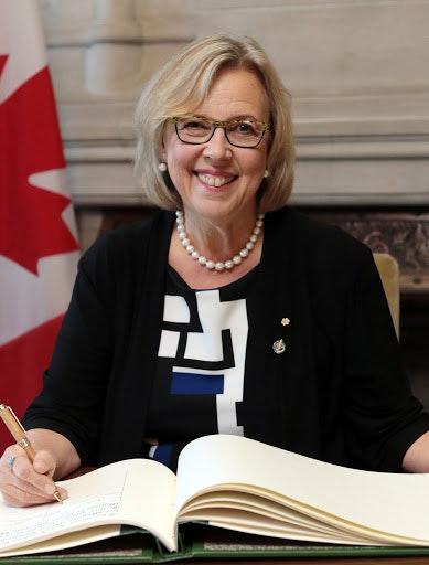 """Hon. Elizabeth May - """"Great Canadians"""" Series of Interviews / Entrevue avec l'Hon Elizabeth May pour notre série """"Canadiennes Exceptionnelles"""""""