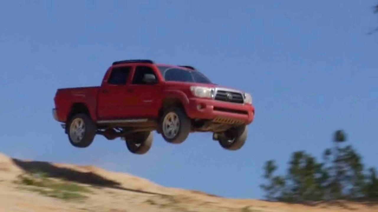 """Toyota - """"Mud People"""""""
