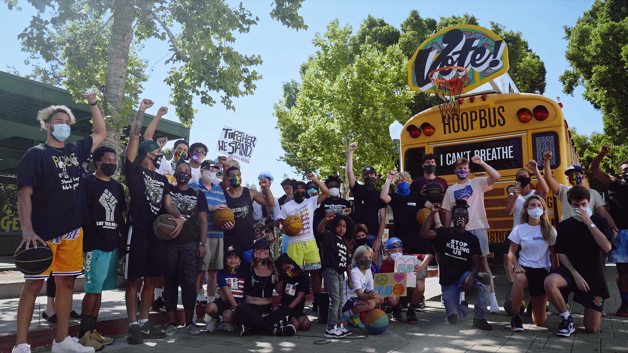 The Hoop Bus on TNT's The Arena
