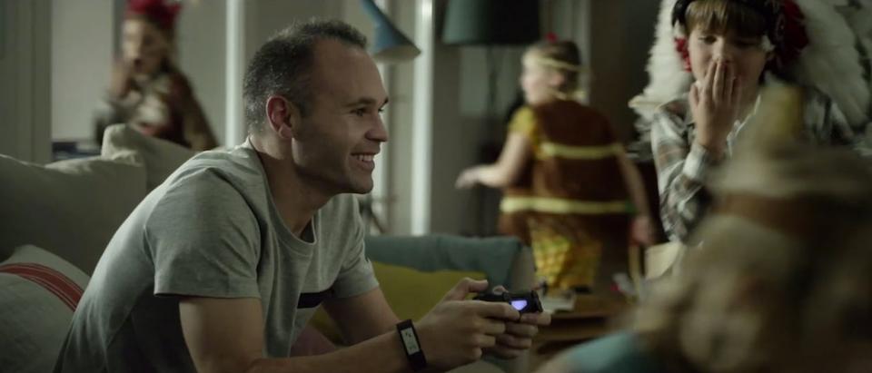 Hugo Prats - Iniesta & Indians Sony Xperia Z3