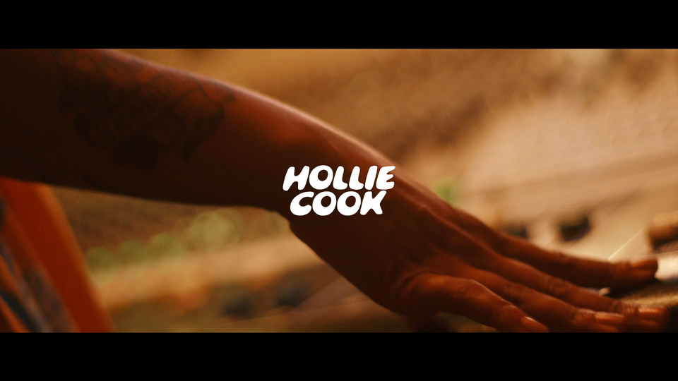 HOLLIE COOK | DANCE IN THE SUNSHINE