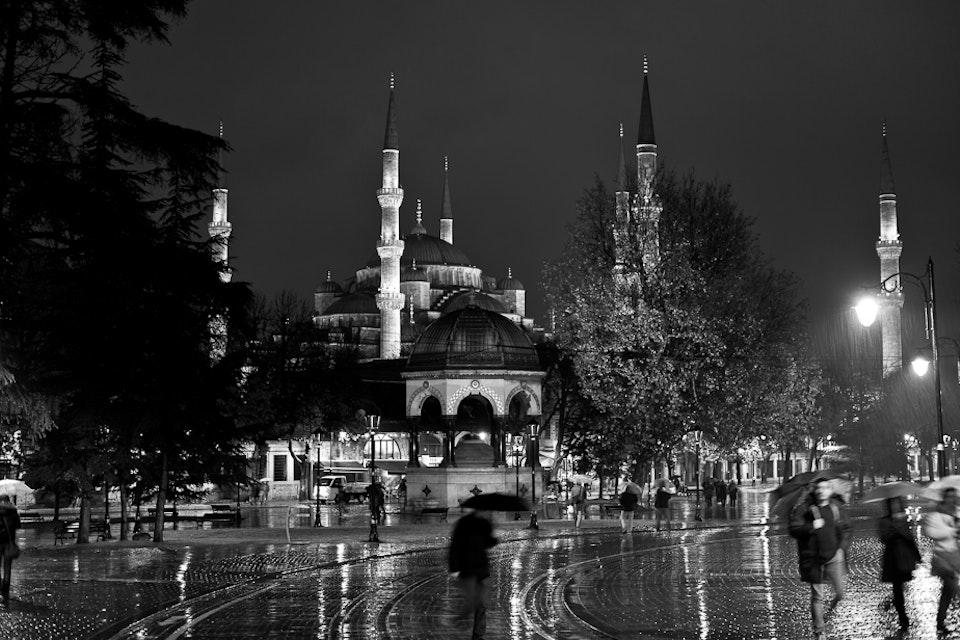 Architectural - Sultanahmet Mosque, Istanbul, Turkey