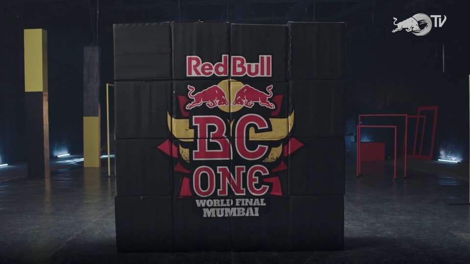 RED BULL BC ONE LEGENDS FT. DIVINE