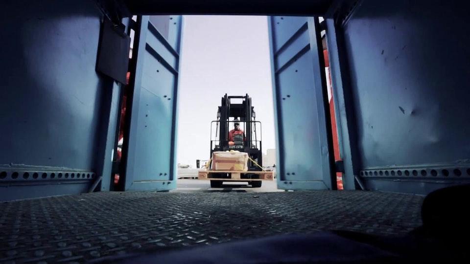 Corporate internal film - the Maersk Oil Trailer