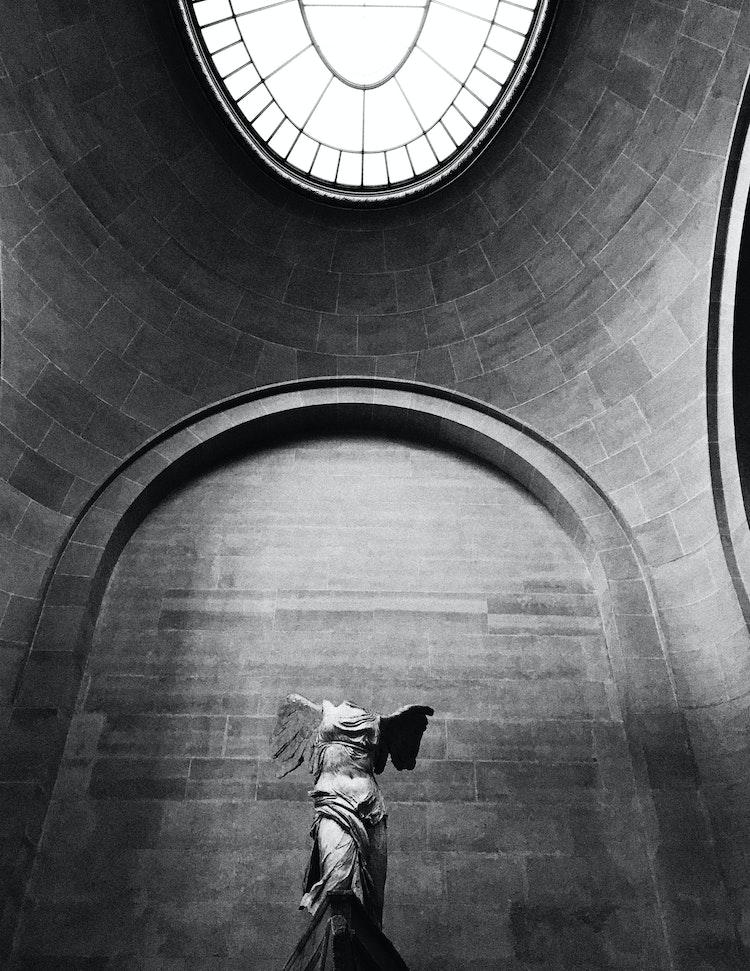 Nike_Louvre