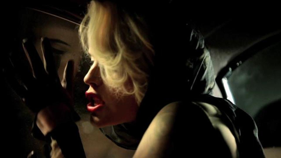 Vinila Von Bismark & The lucky dados - Where's my sugar? - Official music video