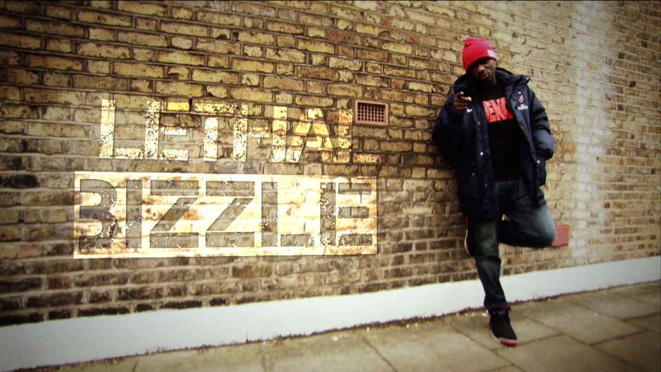 BIZZLE GOES TO THE ARSENAL