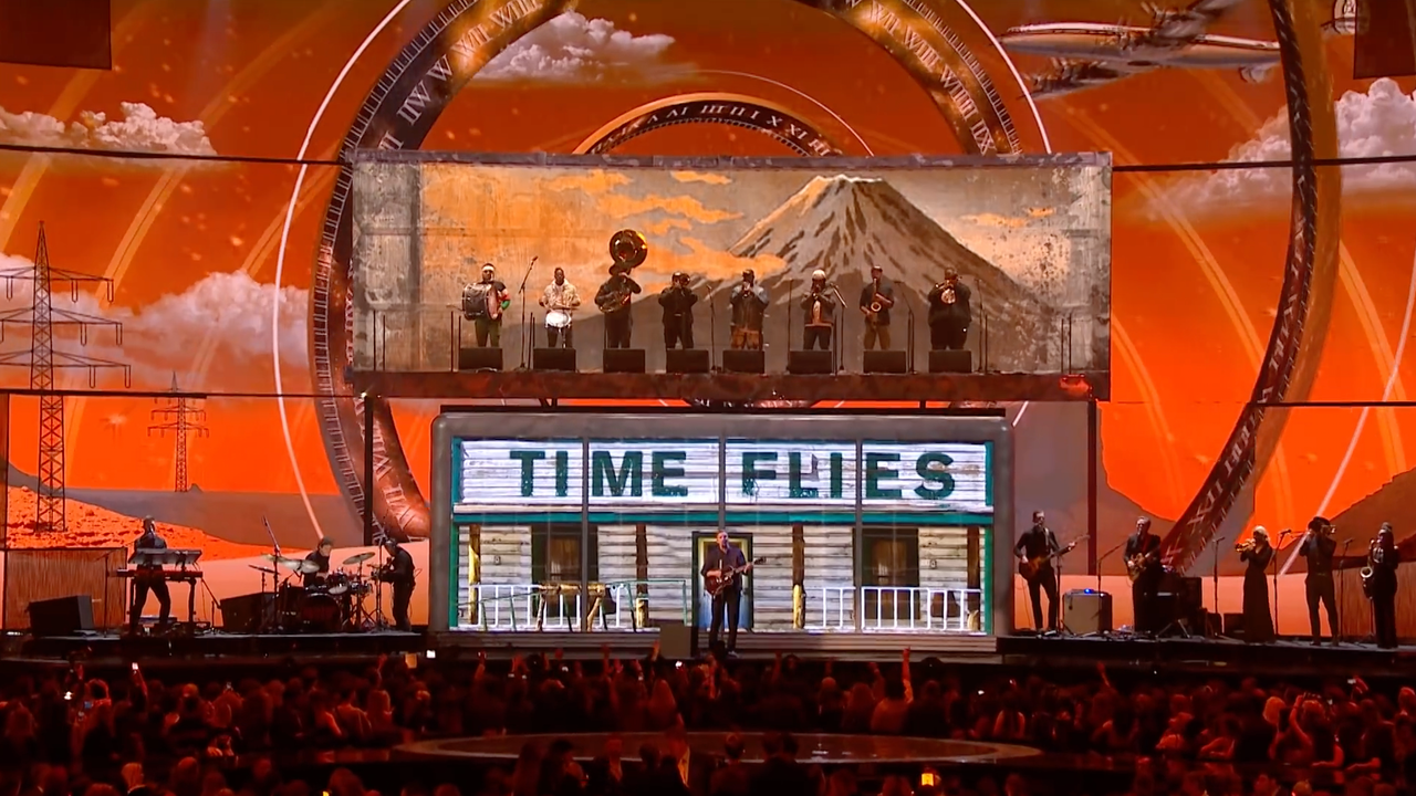 BRITs 2019 - George Ezra Shotgun Performance Visuals -
