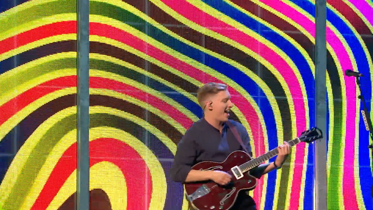 BRITs 2019 - George Ezra Shotgun Performance Visuals -